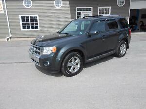 20O9 FORD ESCAPE 5 DOOR LIMITED SUV, 3 YEAR WARRANTY INCLUDED