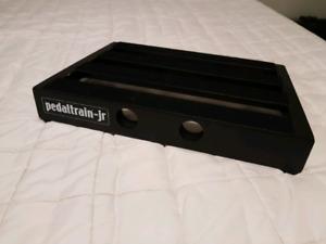 Pedaltrain Junior with hard case