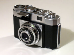 OLD CAMERA - IN ANY CONDITION - Pick up available