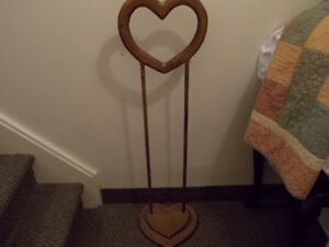 Heart Shaped Solid Wood Quilt Holder   $10