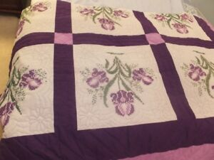 QUILT FROM THE MENONITES AT ST JACOBS . ONTARIO