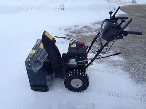 Yardworks 24-in Two-Stage Snow Thower (gas)