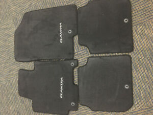 Hyundai Elntra 2013 New Genuine Floor Mats (Front/Rear)