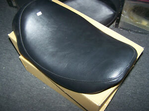 96-07 ROAD RING SOLO SEAT BRAND NEW London Ontario image 2