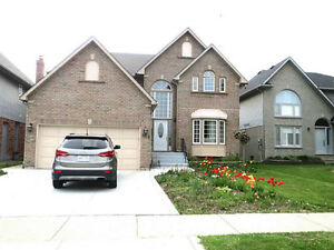 Ancaster executive 4+2 br Home with in-law suite