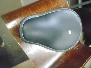 """9"""" CUSTOM SOLO SEAT WITH WHITE STITCHING"""