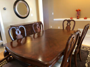 Dining Table with 6 Chairs  & Server - Excellent Condition