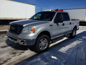 2007 Ford F-150 SuperCrew XLT 4X4           LOW KMS   LOW KMS