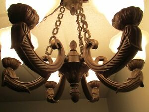 *Charming* 6-Light Chandelier - Aged Bronze – Frosted Marbled Gl
