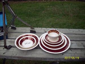 Vaisselle antique 60 ans