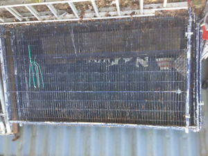 Temporary fencing panels