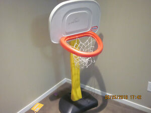 Nice Basket Ball Post for Kids Exercise. In good condition. Edmonton Edmonton Area image 3