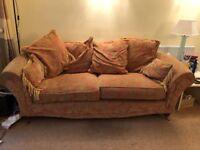 3seater sofa, good condition, smoke & pet free home