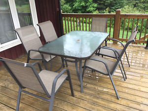 Patio Table and Chairs (6 Seats)