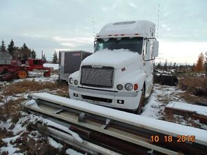 1998 FREIGHTLINER CENTURY FOR PARTS ONLY