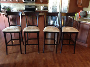 "4 30""Cottswood Interiors Island Kitchen Chairs"
