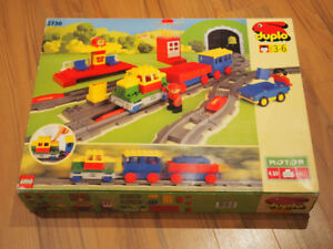 Construction & Building Toys 7 Lego Duplo Train Bases And Two Vehicles All Nice Condition Free Uk Post