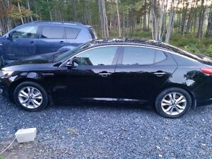2012 Kia Optima EX Turbo+ Berline 12 499$ nego