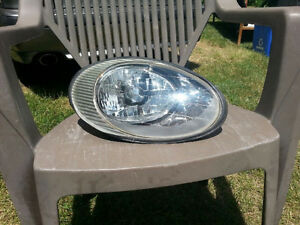Ford Taurus Headlight Assembly 96 to 1999 years  Passengers side