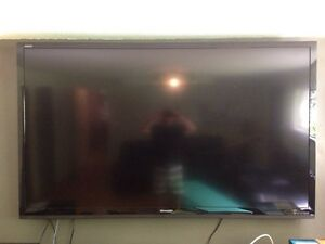 80 inch Sharp Aquas LED Smart TV Comox / Courtenay / Cumberland Comox Valley Area image 1