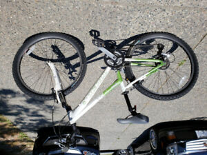 Trek 3700 kids bike super condition
