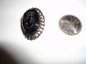 SMALL BLACK MOURNING CAMEO BROOCH