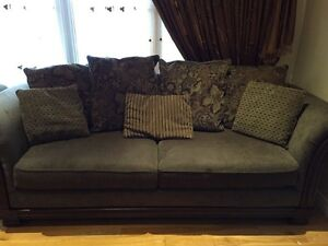 2 sofas for sale at only $200:00 Gatineau Ottawa / Gatineau Area image 1