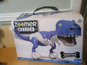 Zoomer Dino Snaptail in blue