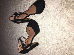 Black Heels Never Worn - Size 7