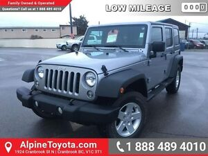 2014 Jeep Wrangler Unlimited SPORT   Low km, removable hard top,