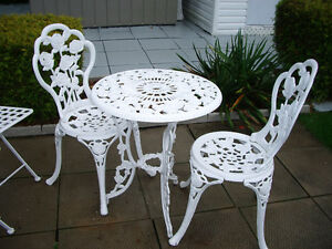 set de patio en metal blanc