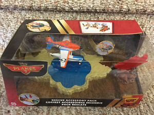 New! Disney Planes 2 rescue accessory pack  set Reduced!! Kitchener / Waterloo Kitchener Area image 1