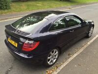 Mercedes C-Class ** 2.2Cdi ** Coupe ** 6 Speed ** Service History ** Mot ** Good Condition ** £1195