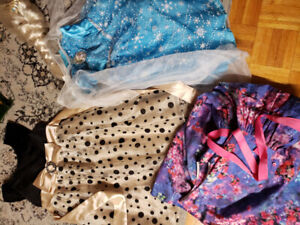 Girl clothes size 2t to 5t
