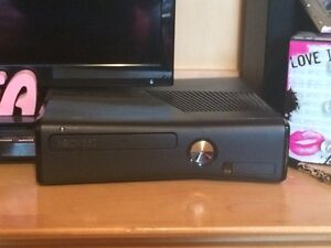 Xbox360 with connect and more Peterborough Peterborough Area image 1