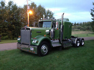 1978 KENWORTH 900A SHOW TRUCK FOR SALE
