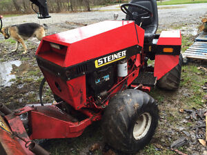 STEINER 420 TRACTOR 4x4 with PLOW & MOWER