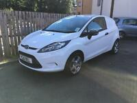 Ford Fiesta 1.4TDCi ( 68PS ) 2010MY Base