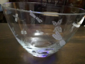 ETCHED CRYSTAL GLASS  BOWL - BUTTERFLIES, DRAGONFLIES