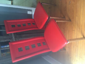 2 Red Dining Room Table Chairs
