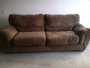Couch in Great Shape Cambridge Kitchener Area image 1