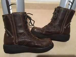 Women's Spring Boots Size 8.5 London Ontario image 2