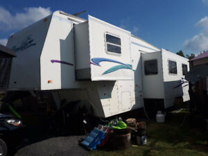Fifth Wheel Prowler 1999, 30.5 pieds, 11500 lbs