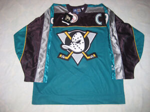 ANAHEIM MIGHTY DUCKS KARIYA NHL JERSEY STARTER LARGE BNWT