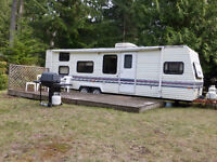 29 Ft Prowler Trailer on 1/2 acre