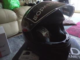 Motorcycle/scooter crash helmet