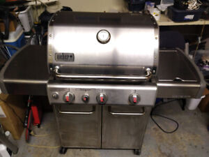 WEBER GENESIS GAS BARBECUE GRILL MINT!
