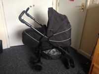 SilverCross 3 in 1 travel system, delivery free if local