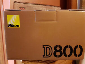 Nikon D800  COMPLETE SETUP 10 out 10 AS New