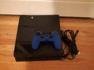 Ps4 with 4games